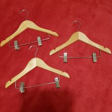 Вешалки для детской одежды деревянные объявление продам