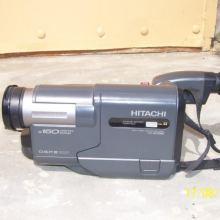 Видеокамера Hitachi 338 объявление продам