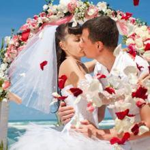 Свадебный тамада и музыка и фото и видео и другое объявление услуга