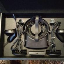 Комплект Шлем Oculus CV1 + Контроллер Oculus Touch объявление продам