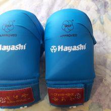 Перчатки для карате р-р М объявление продам