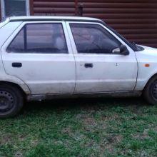 Продам шкоду филиция 1996 г на запчасти .Машина на ходу есть дефекты кузова объявление продам