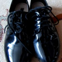 Лакированные туфли для девочки объявление продам